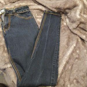 Stretchy skinny jeans!